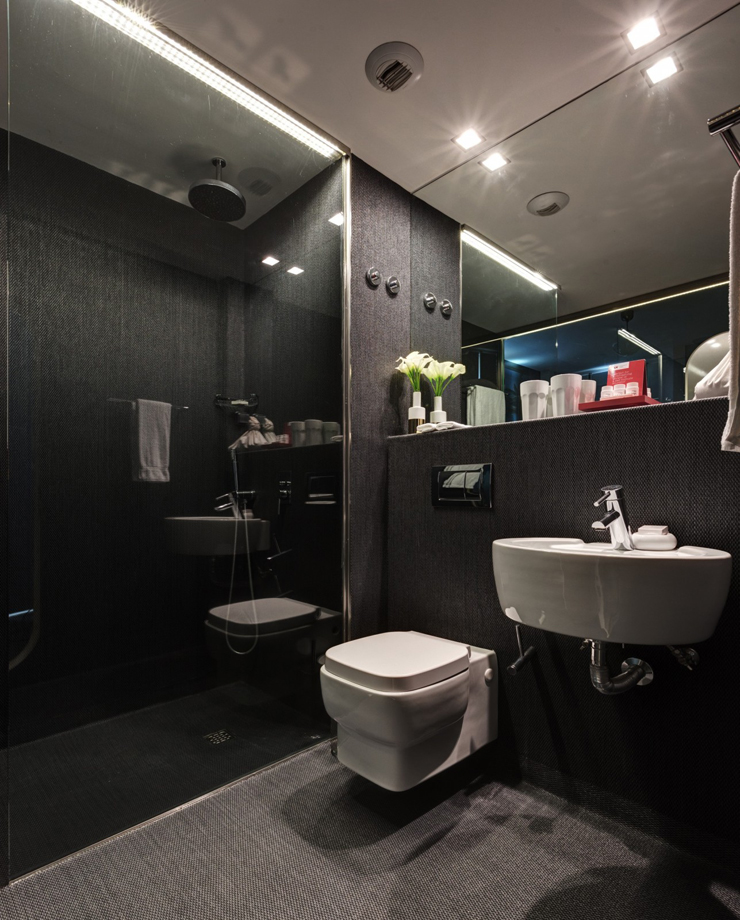 Modern Hotel Bathroom Design Ideas: LX Luxury Hotel In The Heart Of Old Lisbon