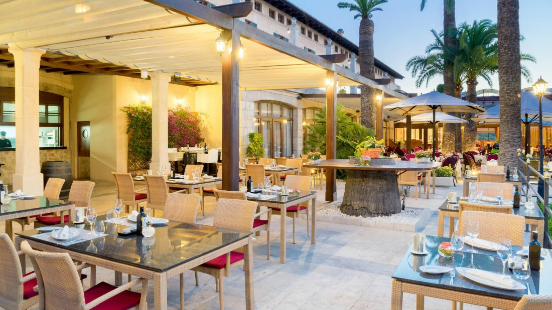 Enjoy the Amazing Mediterranean Food at Es Vi Restaurant in Son Vida Hotel