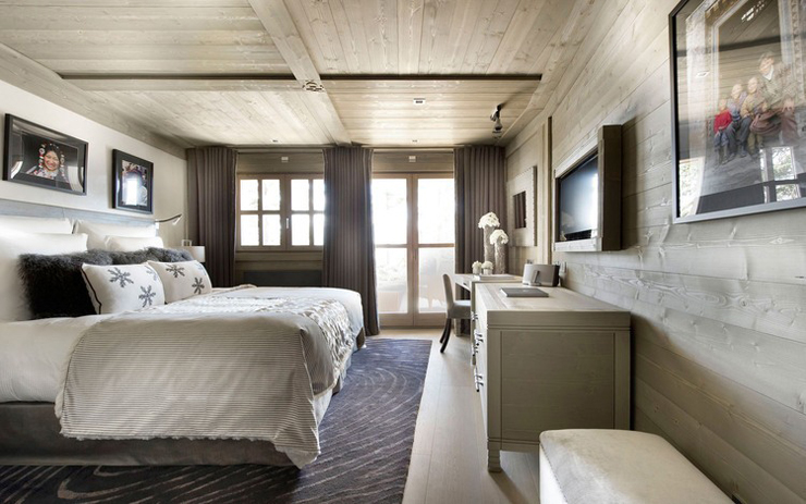 Luxury designed rustic bedroom in ski chalet Courchevel