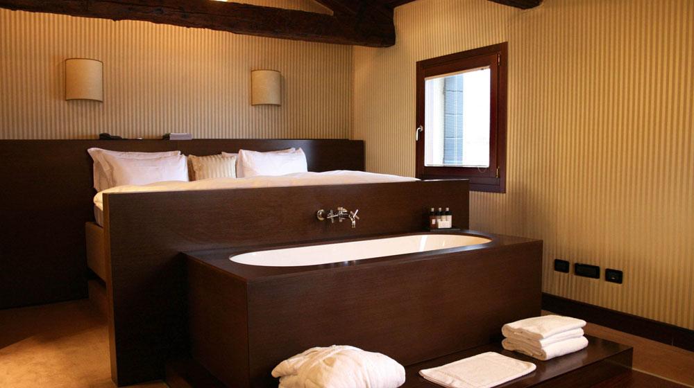 Hotel Rooms With Bathtubs Bathtub Ideas