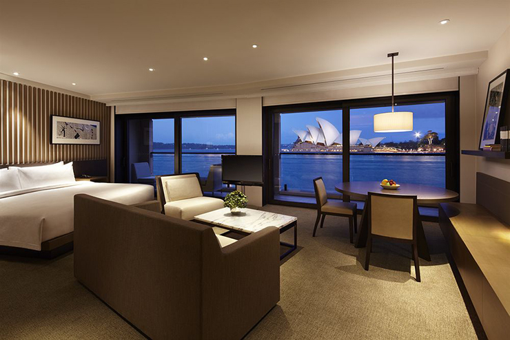 hotel guestroom awesome night view sydney