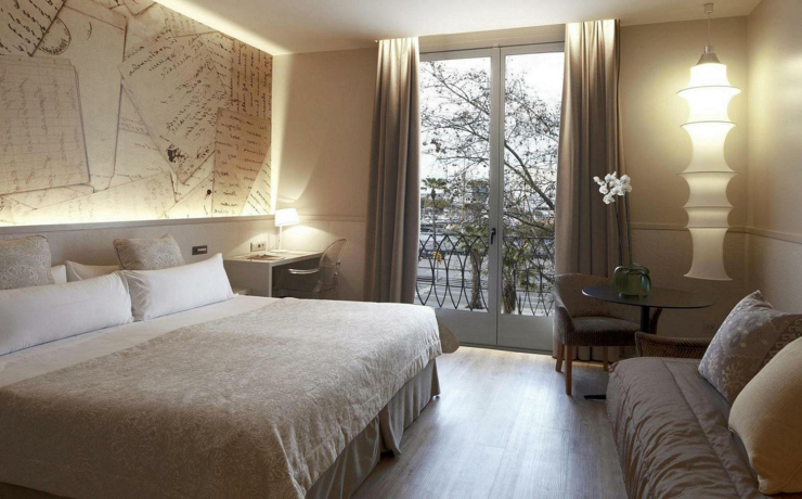 Boutique hotel in barcelona duquesa de cardona for Boutique hotel 6 rooms