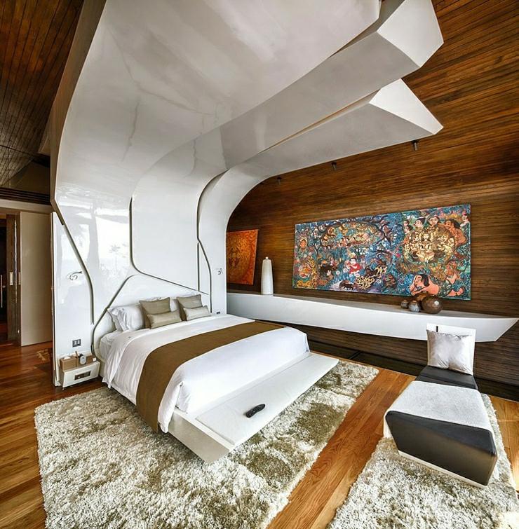 Luxus Villa zweistöckig Form wie Raumfähre gewölbtes Dach