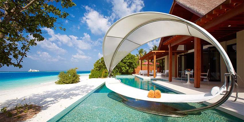 Unforgettable Exotic Vacation In Luxury Islands Resort Per