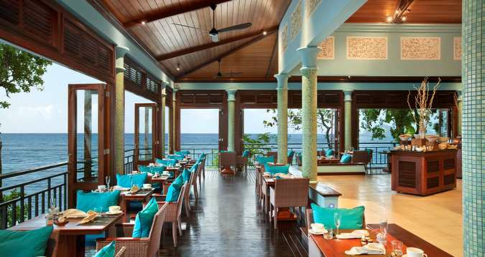 hilton northome resort restaurant sea view
