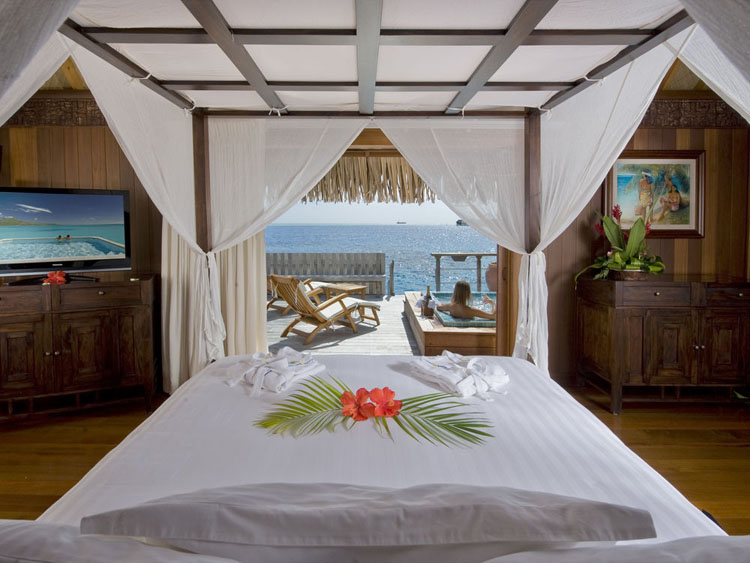 exotic getaway with astonishing view suite