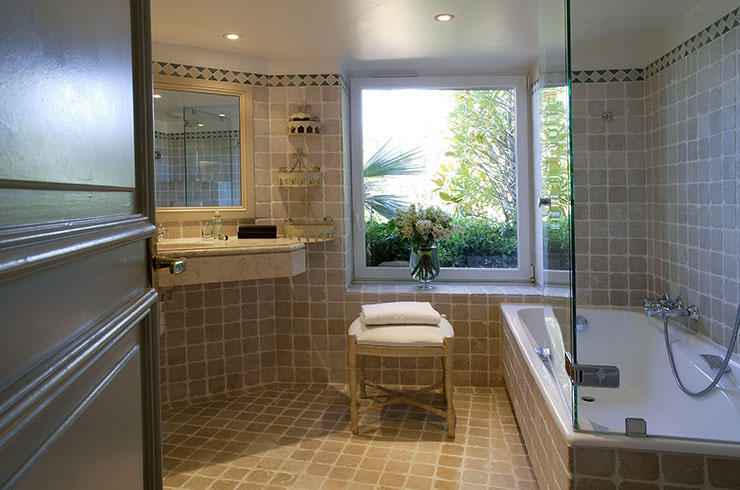 deluxe bathroom hotel la perouse in nice