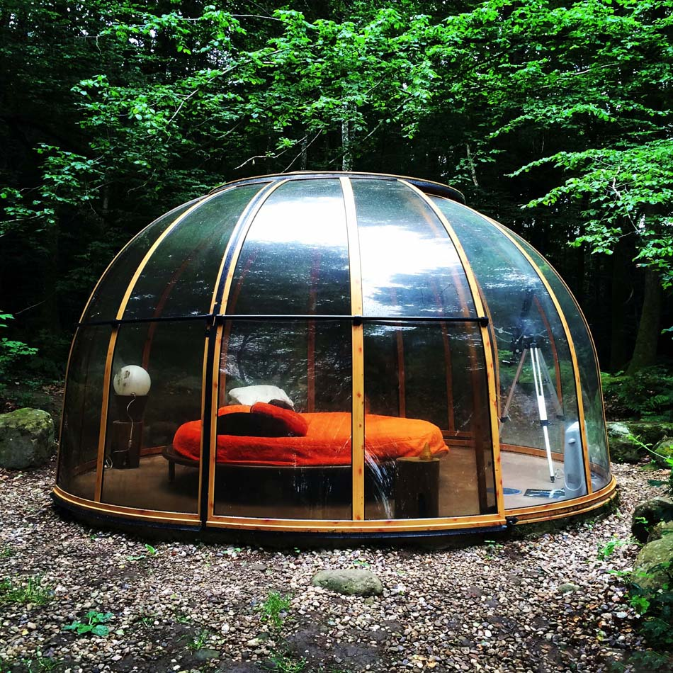 unusual accommodation in france offers unforgettable romantic or family vacation near the nature. Black Bedroom Furniture Sets. Home Design Ideas