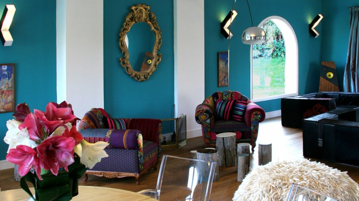 eclectic furniture and trendy colors for a unique boutique hotel ambiance