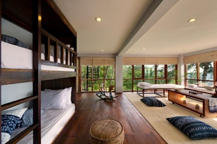Tropical Luxury Hotel Bedroom : Unique luxury villa Malimbu Cliff in Lombok near Bali