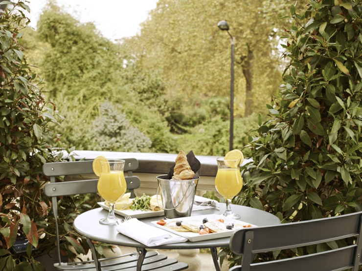 garden breakfast at london hotel