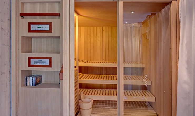 private sauna chalet