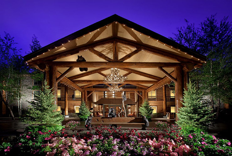 rustic luxury lodge winter resort jackson hole