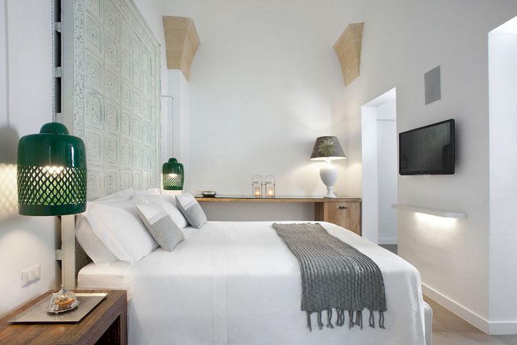 Old Spot Hotel Room Price