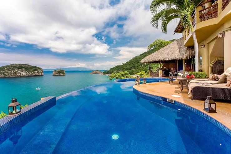 Luxury Villa Los Arcos In Puerto Vallarta With Stunning