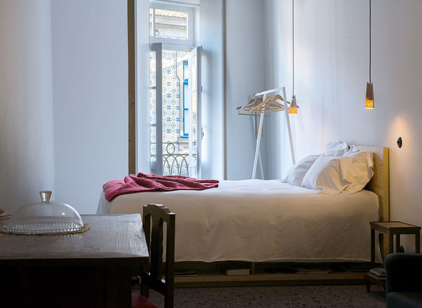 minimalistic suites porto touristic hostel guesthouse apartment