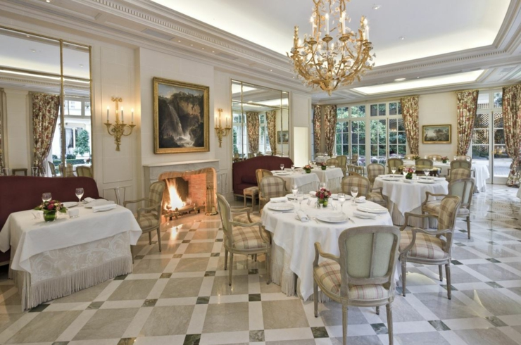 French elegance in Parisian palace le Bristol
