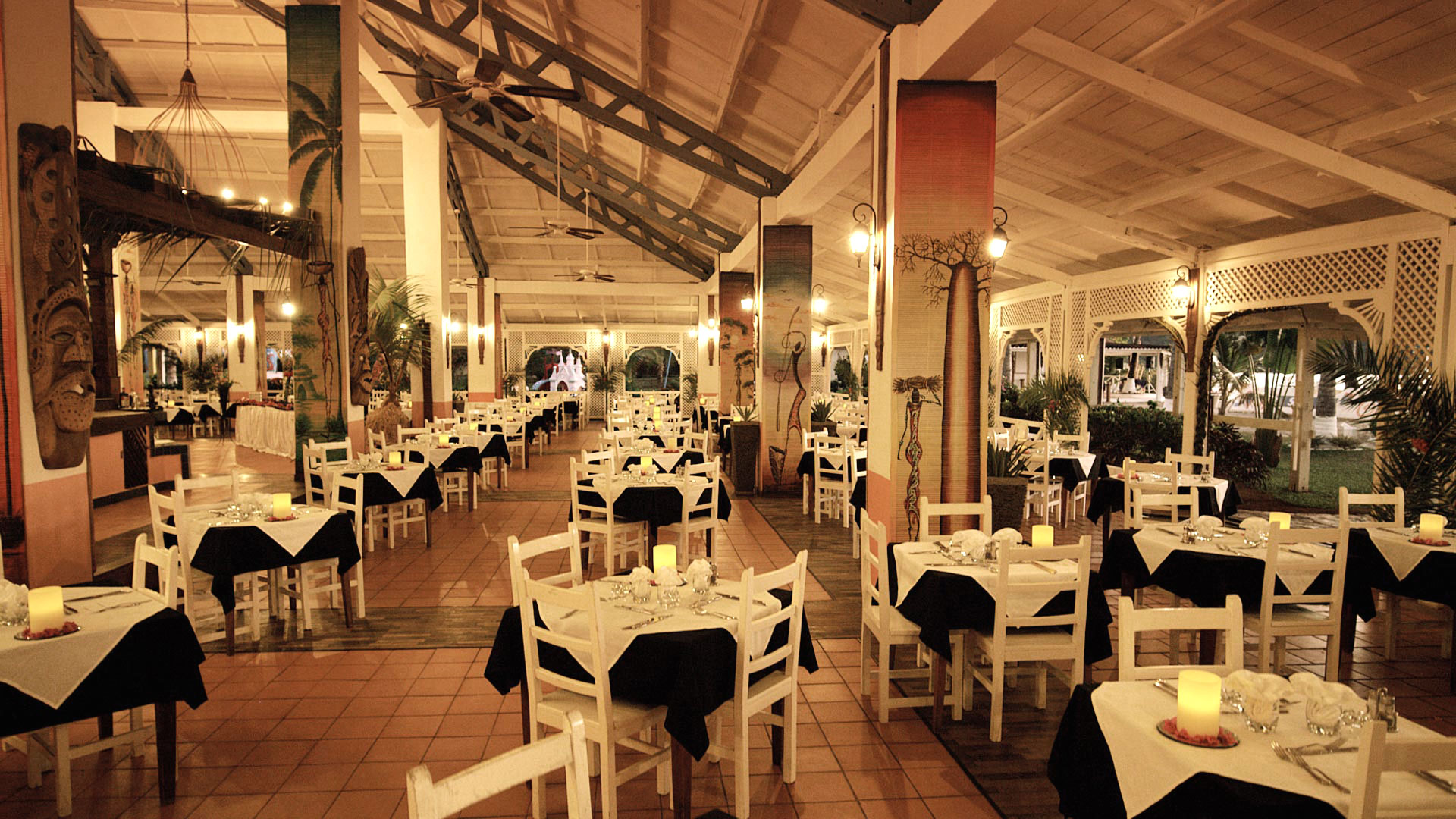 Spacious and Comfortable Restaurant in the Main Building of Andilana Resort