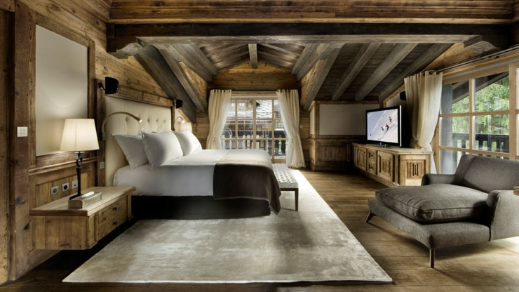 Luxury ski chalet edelweiss in courchevel 1850 france - Deco chambre style chalet ...