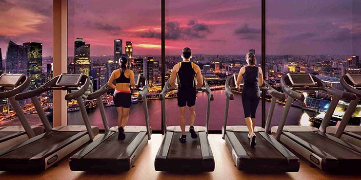 astonishing view to singapore from marina bay fitness gym