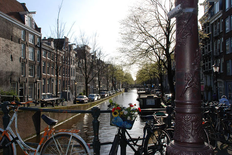 amsterdam canals city centre