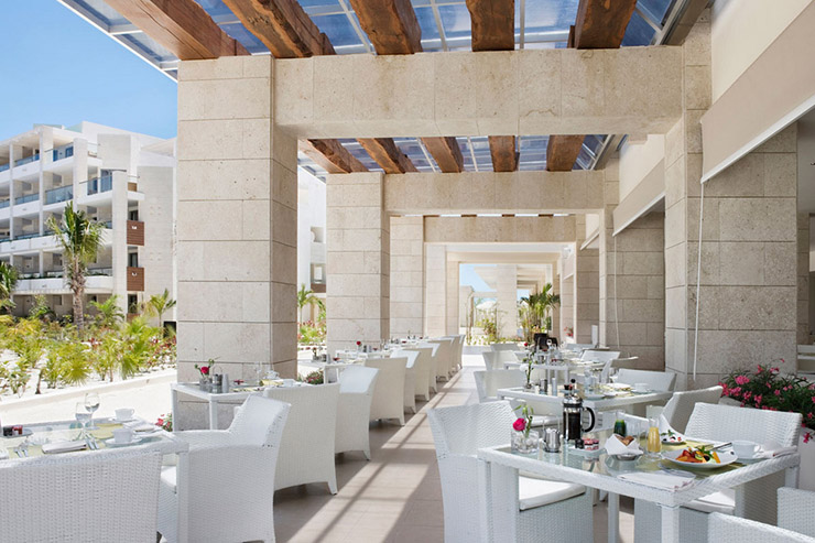 outdoor hotel restaurant terrace