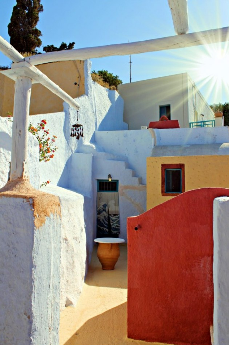 typical greek building santorini cheap accommodation