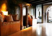 luxury venice hotel lobby visit italia