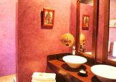 luxury villa rental bathroom