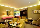 cozy stylish hotel baume interior design