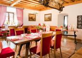 visit austria restaurant lake zell castle Schloss Prielau