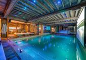 spa indoor heated pool luxury ski rental france