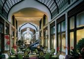 gresham palace lobby bar hotel four seasons