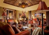 classic rustic comfort furniture hotel lobby area