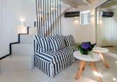 santorini romantic luxury rental for two