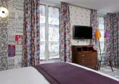 cheap accommodation in center of Paris