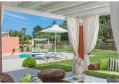 villa with pool and gazebo in corfu