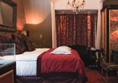 romantic red stylish guestroom hotel amsterdam