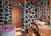 spacious bathtub tropical design luxury villa for rent