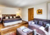villa for rent spain king sized bed guestroom