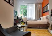 classic room with nice decoration touch boutique hotel Bordeaux