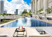 rooftop singapore hotel pool