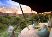 wild African nature savannah safari lodge