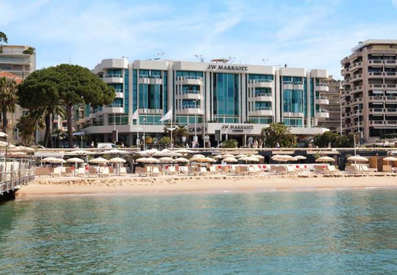 luxury beachfront cannes hotel jw marriott