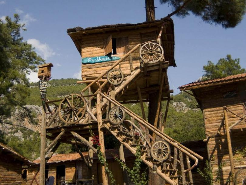 Cheap hostel kadirs treehouses mediterranean sea