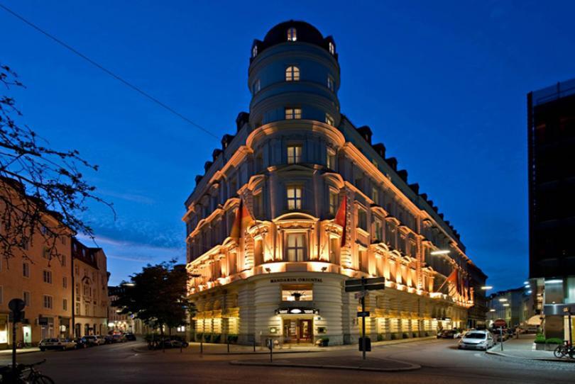 mandarin oriental hotel munich facade night view