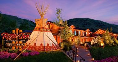 luxury rustic hotel mountain resort jackson hole