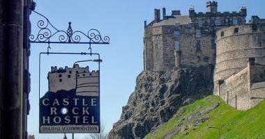 castel rock edinburgh hostel