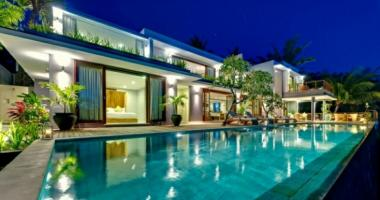 Luxury rental exotic pool Lombok Island Bali