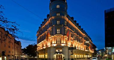 mandarin oriental hotel munich facade night view